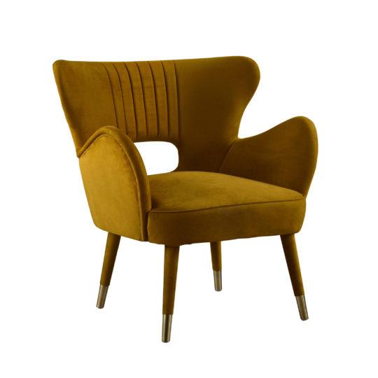 Красивая дорогая акцентная мягкая мебель для ювелирного магазина бутика, элегантное золотое темно-желтое бархатное кресло, дизайнерское кресло из бархата, мебель красного цвета, кресло из бархата велюра, испанский дизайн, мебель в стиле ардеко, арт деко, 60х, шестидесятых, midcentury modern, мидсенчури модерн, реплика (копия), реплика фабрики Мунна (munna), купить удобное кресло, кресло для гостиной, будуарное кресло, кресло для гардеробной комнаты, кресло для спальни, кресло для прихожей, бархатное кресло, Киприан, мягкая мебель российского производства, кресло с тканевыми ножками, каминное кресло, лавсит, для детской, с латунными ножками редкое, вычурное, люкс, лакшери, на заказ