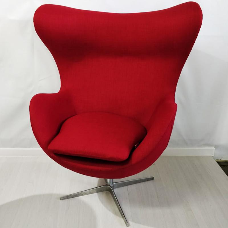 LAVSIT_Kreslo_yaitco_egg_chair_krasnoe