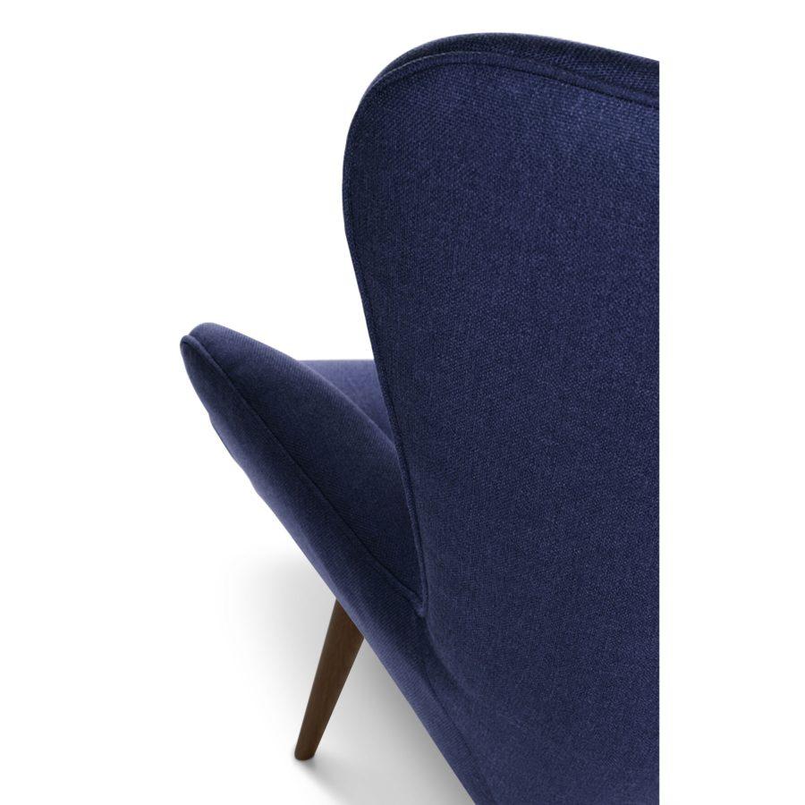 Дизайнерское кресло Contour синее с подлокотниками, интерьерное скандинавское Контур в гостиную, Грант Фезерстоун