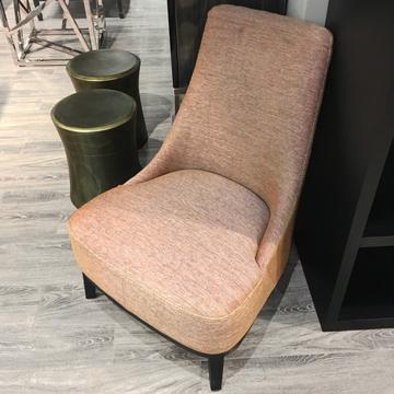 Кресло из рогожки в итальянском стиле