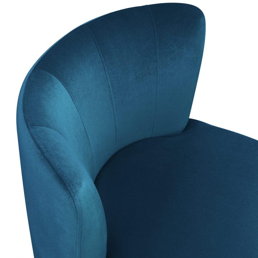 Маленькое кресло для спальни