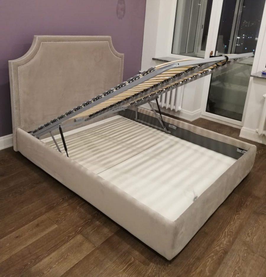 Кровать изголовье из велюра