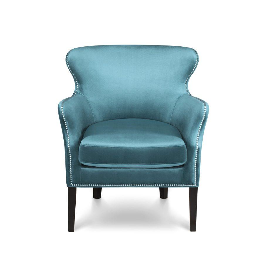голубое мягкое кресло с подлокотниками