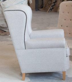 Каминное мягкое кресло с ушами