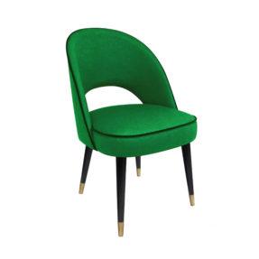 Зеленый дизайнерский стул с металлическими наконечниками