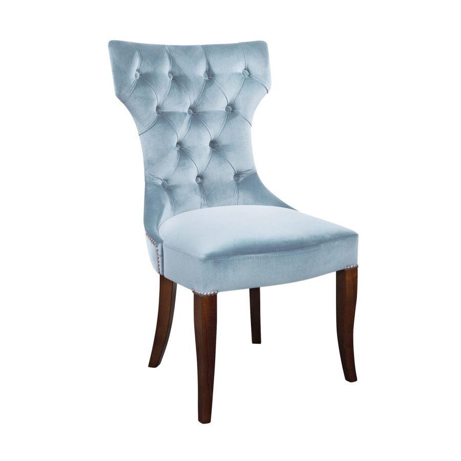 Обеденный стул с каретной стяжкой и гвоздиками