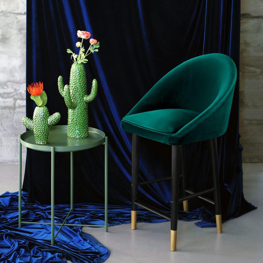 Удобный барный стул Андрэ в современном стиле