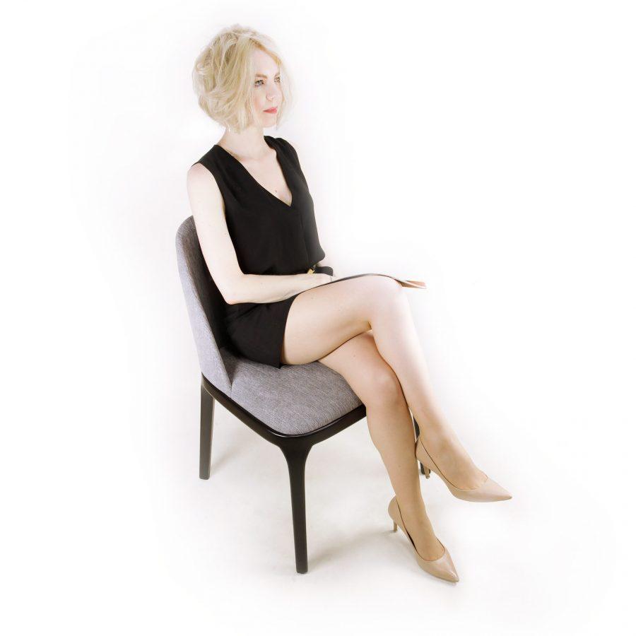 Мягкий дизайнерский стул Грей