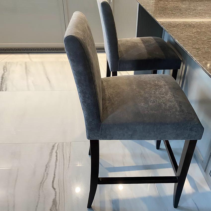 Барный стул Пикас в стиле современная классика