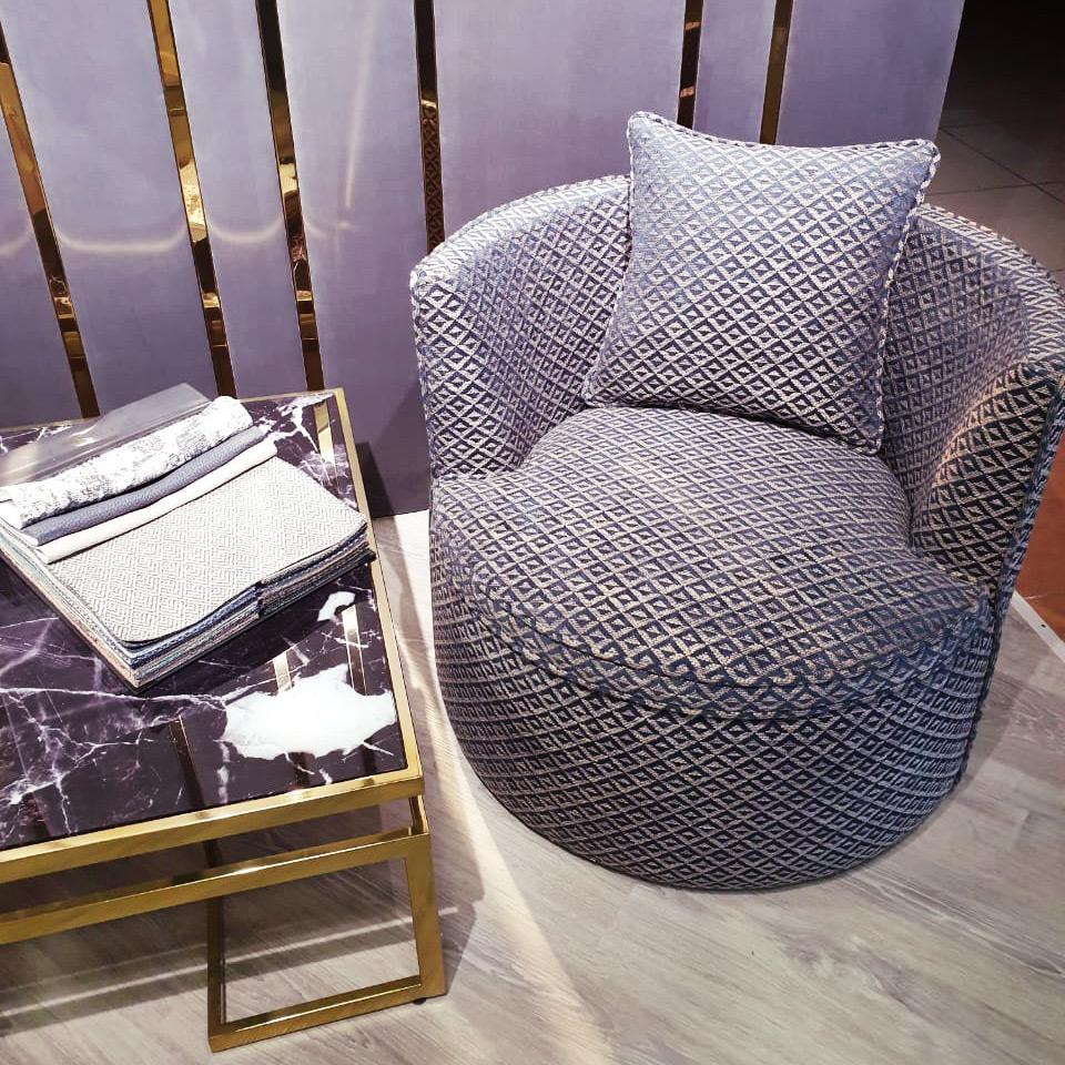 _Lavsit_Round_lounge_armchair_romb_print