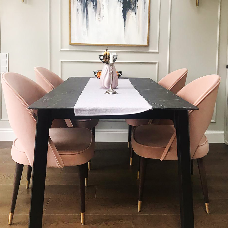 Lavsit_Kuper_dinner_armchair_brass_legs_small
